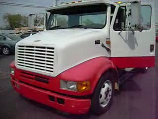 1994 International 4600 Tow truck Wrecker from:motorwerks